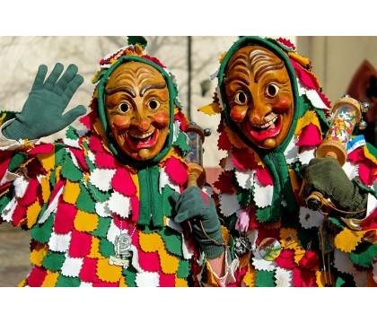 Co s dětmi dělat na masopust? Tipy z knihy Činnosti ke svátkům a tradicím!