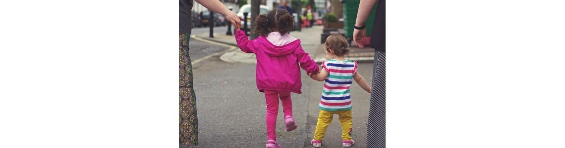 Správné držení těla dítěte - teorie i praxe
